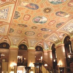 The ceiling of The Palmer House hotel in Chicago
