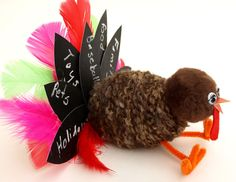 Chalkboard Feather Turkey. Have the kids update the feathers each year. #ThanksgivingCraftsforKids