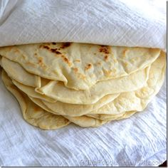 Homemade tortillas are not only simple to make, they are ridiculously delicious. Every time I make these, I have to ban the family from the kitchen because a plain tortilla will grow legs and leap . I Love Food, Good Food, Yummy Food, Chapati, Homemade Flour Tortillas, Making Tortillas, Tortilla Recipe, Food For Thought, Mexican Food Recipes