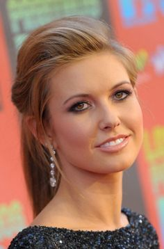 Get Prom Hairstyles Pictures Ideas And Directions   LONG HAIRSTYLES