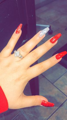 Best Nails Acrylic Red Glitter Silver Ideas - Hoco nails - rainbow Stills Cute Red Nails, Bright Red Nails, Fun Nails, Red Nails With Glitter, Silver Glitter, Red Sparkle Nails, White And Silver Nails, Silver Acrylic Nails, Acrylic Nail Designs Glitter