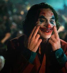 """Arthur is gone, you can call me… Joker."" – Maira ""Arthur is gone, you can call me… Joker."" ""Arthur is gone, you can call me… Joker. Joker Comic, Joker Film, Joker Batman, Joker Poster, Movie Poster Art, Poster Drawing, Joaquin Phoenix, Joker Cosplay, Marvel Comics"