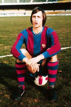 Johan Cruyff posing as a new player for FC Barcelona (1973)