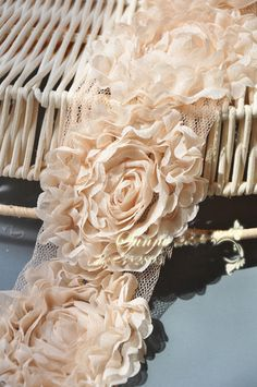 Spitzen schneiden Spitze Stoff Beige Chiffon Blumen Hochzeit
