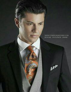 Colección Gentleman British Style online www.comercialmoyano.com MadeinItaly WWW.OTTAVIONUCCIO.COM Bespoke Excelencia #Bodas2015