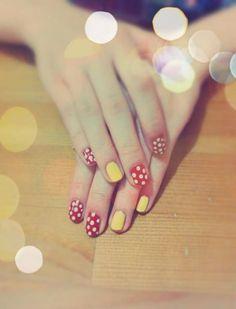 Minne Mouse; Red; Yellow; Dot; Nail Art
