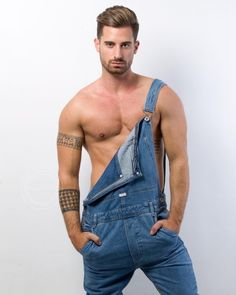 Dungarees, Overalls, Barefoot Men, Le Male, Overall Shorts, Male Models, Blue Jeans, Hot Guys, Handsome