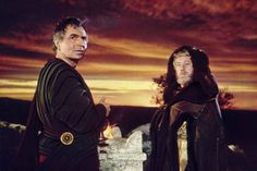 James Mason as Timonides and Alec Guinness as Marcus Aurelius in Paramount Pictures' The Fall of the Roman Empire. Stephen Boyd, Hail Caesar, Alec Guinness, The Stoics, Christopher Plummer, Paramount Pictures, Famous Men, Sophia Loren, Roman Empire