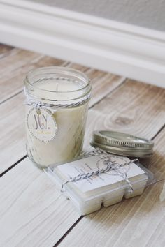 @OEHandmade made soy wax candle at home, and I'm loving the idea of doing this! /ES