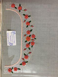 Embroidery On Kurtis, Kurti Embroidery Design, Embroidery Neck Designs, Hand Embroidery Videos, Hand Work Embroidery, Hand Embroidery Patterns, Beaded Embroidery, Neckline Designs, Blouse Designs