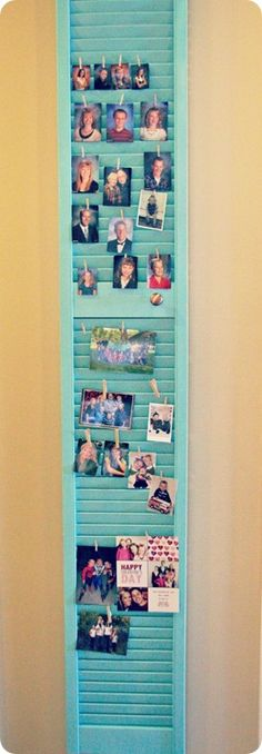 320 Sycamore blog- great inexpensive home deco and redos - I love this - I always look at shutters at yard sales and want to do something with them. Louvre Doors, Old Shutters, Hanging Pictures, Hang Photos, Display Pictures, Display Ideas, Picture Holders, Diy Chalkboard, Reno