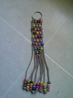Beaded Key Chain ~ Easy project for kids  #beading