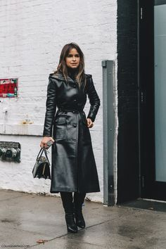 NYFW-New_York_Fashion_Week-Fall_Winter-17-Street_Style-Miroslava_Duma_Leather_Coat-Black_boots-3