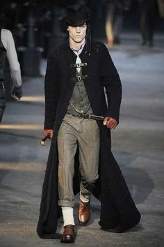 i dont usually pay attention to men's fashion very much. but i adore this outfit!