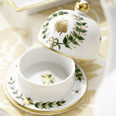 "Limoges Butter Empire porcelain ""Bee Butter Dish""   Laure Selignac    ᘡղbᘠ"