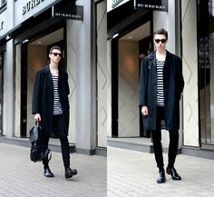 Andrejs Šemeļevs - Zara Coat, Ray Ban Sunglasses, Massimo Dutti Shoes, New Look Backpack - BURBERRY