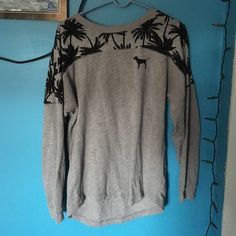 SALE!!!! Cute oversized crew from pink! Size: Small (fits large) Colors: Grey/Black Condition: 10/10 Trades: No. Offers: 20% Price. Any questions? ASK! :) PINK Victoria's Secret Tops Tees - Long Sleeve