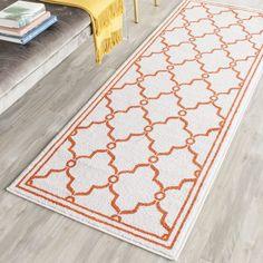 Safavieh Indoor/ Outdoor Amherst Beige/ Orange Rug (2' 3 x 11') , Size 2' x 11' (Polypropylene, Oriental)