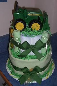 JD diaper cake...this had BETTER be at my baby shower....boy OR girl! lol