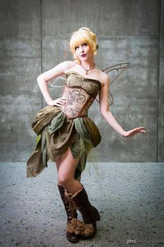 Steampunk Tinkerbell  Cosplayer: Maid of Might Cosplay  Photographer: Joits