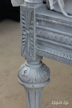 Close up of layered paint look and white wax; Excellent info on this beautiful finish