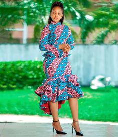 Beautiful Ankara Styles For The Week - Ankara collections brings the latest high street fashion online Latest African Fashion Dresses, African Dresses For Women, African Print Dresses, African Print Fashion, Africa Fashion, African Attire, African Women, New Fashion Gown, African Outfits