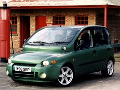 Fiat Multipla.  I would LOVE to hit this car with a hammer....several thousand times over.