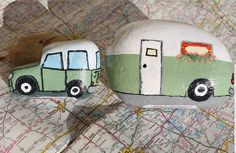 This Jeep and camper were some of my first rocks to paint and still a favorite! Painted by Laura Owen. This Jeep and camper were some of my first rocks to paint and still a favorite! Painted by Laura Owen. Rock Painting Patterns, Rock Painting Ideas Easy, Rock Painting Designs, Paint Designs, Pebble Painting, Pebble Art, Stone Painting, Stone Crafts, Rock Crafts