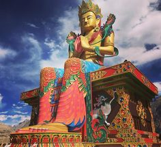 The beautiful Buddha @ Disket Gompa towering into the deep blue skies.  #nubra #nubravalley #leh #ladhak #kashmir #india #tourindia #instagood #insta #igers #buddha #buddhism #instagram #instatravel #travel #travelling #traveller #wanderer #wanderlust #wandering #travelphotography #photography #photographylovers #life #travellerslife #skies #roadtrip…