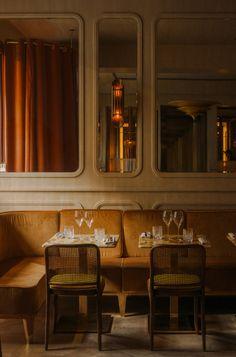 John Whelan adorns Paris' Nolinski restaurant with art-deco details Restaurant Seating, Hotel Restaurant, Restaurant Design, Modern Restaurant, Architecture Restaurant, Interior Architecture, Interior Design, Bristol, Deco Cafe