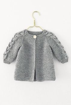 Ravelry: Nordic Spring Jacket pattern by Knit By TrineP Boys Knitting Patterns Free, Baby Sweater Patterns, Baby Cardigan Knitting Pattern, Knitted Baby Cardigan, Knit Baby Sweaters, Knitting For Kids, Knitting Designs, Crochet Patterns, Baby Clothes Blanket