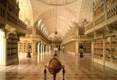 Biblioteca do Palácio de Mafra, Portugal