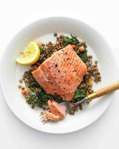 Recipe: Wild Salmon with Lentils and Arugula ... Yummy!!! I substituted spinach for the arugula, and I used french green lentils -- all of the flavors go nicely -- savory and fresh!
