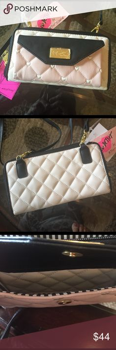 """🌺NEW! BETSEY JOHNSON WALLET CROSS BODY BAG BRAND NEW! AUTHENTIC BETSEY JOHNSON WALLET CROSS BODY BAG-Approximate Measurements are 8"""" X 4"""", With a 23"""" strap drop....NEVER USED!! EXCELLENT NEW CONDITION!! Betsey Johnson Bags Crossbody Bags"""