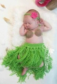 Cheap bra deals, Buy Quality bra string directly from China bra chemise Suppliers: Cute Crochet Newborn Photography Props Outfits Crochet Baby Set Baby Hula Girl Headdress Coconut Bra Grass Skirt Sets Crochet Baby Boy Hat, Crochet Baby Clothes, Baby Girl Hats, Newborn Crochet, Cute Crochet, Crochet For Kids, Baby Knitting, Crochet Hats, Crochet Outfits