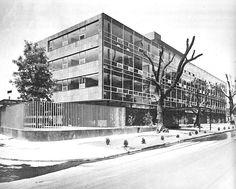 Centro Médico/Pedagógico Nacional, Av. Presidente Masaryk, Polanco, Mexico DF 1962 Arqs. Enrique Cervantes Sánchez y Pedro Ramírez Vázquez  Foto. Armando Salas Portugal