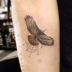 Zoë Kravitz Bird, Circle, Eagle Forearm Tattoo | Steal Her Style