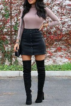 Cute Fall Winter Thanksgiving Outfit Ideas For Women - Women& Fashion Passi. - Cute Fall Winter Thanksgiving Outfit Ideas For Women – Women& Fashion Passion - Cute Fall Fashion, Winter Fashion Outfits, Fall Winter Outfits, Look Fashion, Autumn Fashion, Skirt Outfits For Winter, Fashion Black, Classy Fashion, Preppy Winter