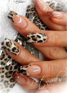 13 Cheetah Nail art - Nail Design Ideas, Gallery of Best Nail Designs Cheetah Nail Art, Cheetah Nail Designs, Leopard Print Nails, French Nail Designs, Red Nail Designs, Leopard Prints, Animal Prints, Fancy Nails, Trendy Nails