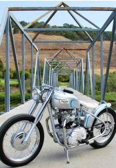Triumph bobber motorcycle | Bobber Inspiration | Bobbers & Custom Motorcycles