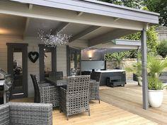 Jutka Modern Gazebo Log Cabin