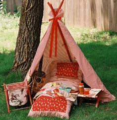 I want to make Luca a teepee inspired toddler bed...