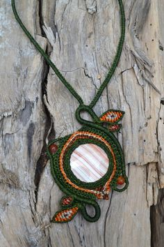 Macrame Leaf Necklace with Agate Stone by Coco Paniora Salinas of Rumi Sumaq