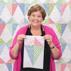 Let's go fly a kite with Jenny's Kite Season Quilt! As dreamy as a breeze on a summer day, this quilt is easy and quick to create using Jenny's free quilting tutorial! Star Quilt Patterns, Star Quilts, Scrappy Quilts, Easy Quilts, Mini Quilts, Missouri Quilt Tutorials, Quilting Tutorials, Quilting Projects, Quilting Designs