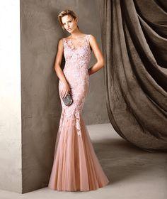 CARISIA - Pronovias sensual party dress