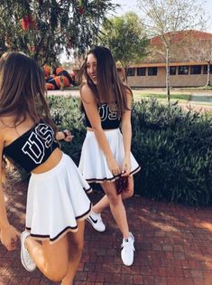 Halloween costume ideas for you and your bff 49