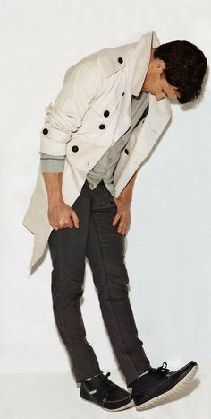 Lightweight Khaki Trench Coat, Dark Skinny Chinos, and Black Suede Laceups with White Soles. Men's Spring Summer Fashion.