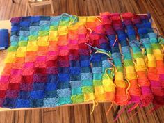 Charlottesville Waldorf School The 2nd grade quilt comes together - final stages of sewing u