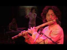 Gayatri Mantra 2009 - Deva Premal & Miten with Manose … my absolute favorite version of the Gayatri Mantra