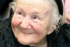 Irena Sendler: The Woman Who Defied The Nazis To Save 2500 Children – Stay at Home Mum